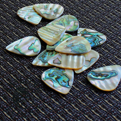 Abalone Tones Green Abalone Guitar Plectrums - Click Image to Close